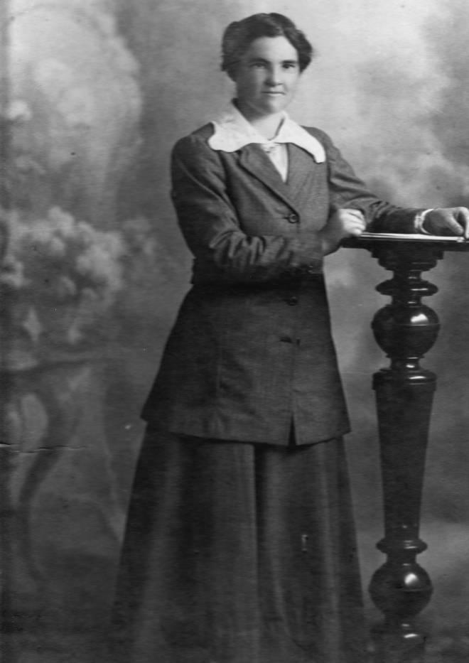 Elizabeth Jane Duncan nee Stewart c. 1918