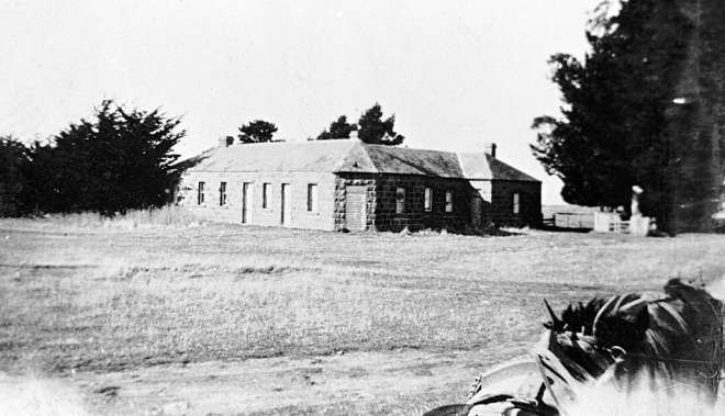 Stockyard Hill Hotel 1935. One of the buildings on which John Stewart worked as stonemason. Museum Victoria collection: 'The Biggest Family Album of Australia' MM 000697