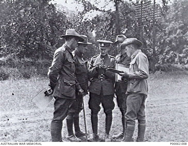 Tidworth, England, c. 1918.  Instruction in use of the prismatic compass. Non Commissioned Officer School. Australian War Memorial collection P00062.008