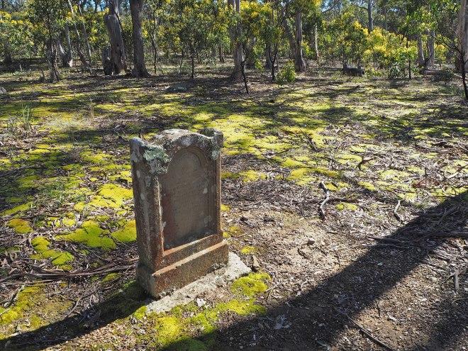 E_Duncanson-headstone